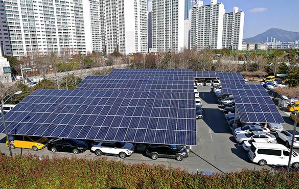 Valoriser les parkings avec les ombrières solaires