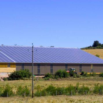 toit-hangar-photovoltaique-panneaux-solaires