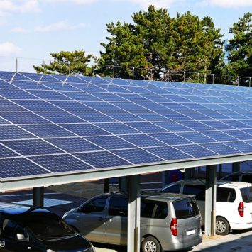 installation-panneaux-solaires-parking