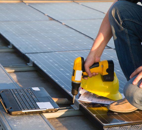 La France en retard sur la production d'énergie électrique solaire par rapport aux pays voisins