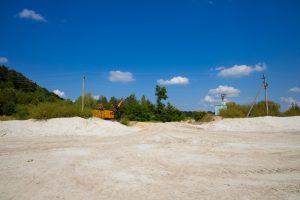Valoriser ses terrains pollués avec une exploitation solaire et photovoltaïque