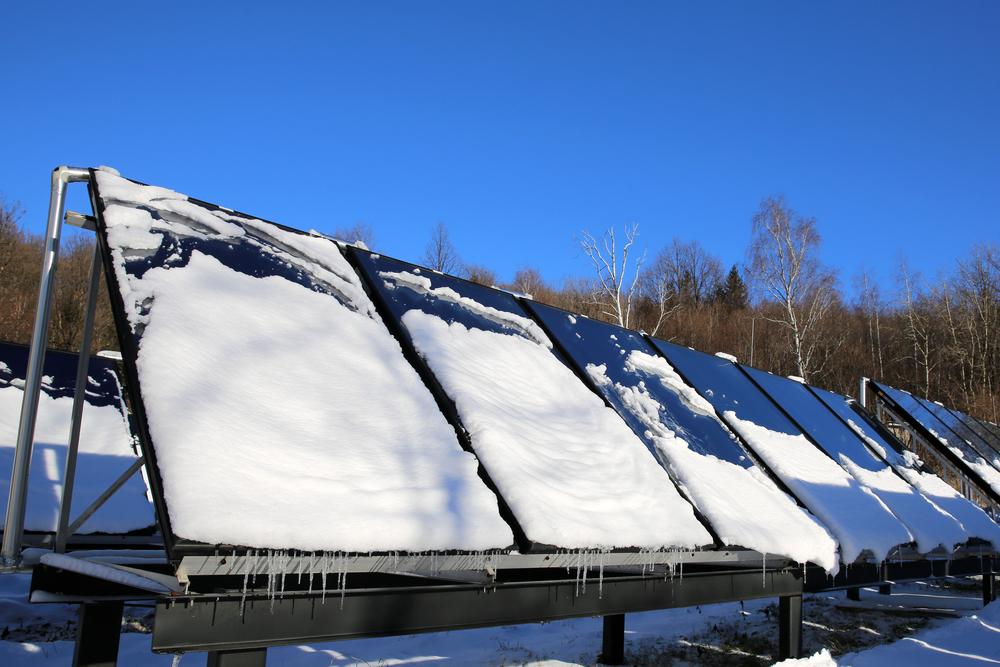 panneaux solaires en hiver