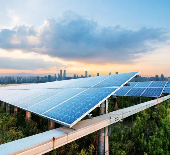énergie-solaire-au sol-pour-protéger-cultures