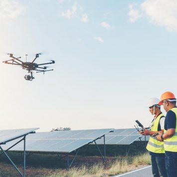 agrivoltaisme-dynamique-installation-panneaux-solaires-photovoltaique-au-sol
