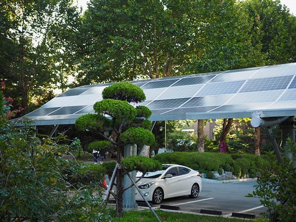 Pourquoi opter pour l'installation d'ombrières photovoltaïques ?