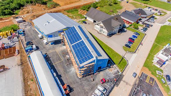 Quelles sont les possibilités en matière de rénovation de toiture industrielle solaire ?