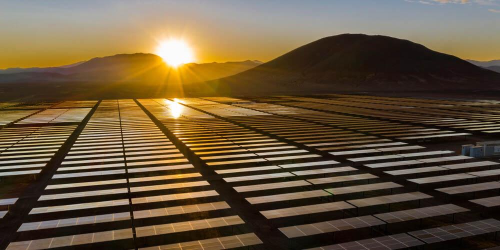 Quels-sont-avantages-placer-une-centrale-solaire-Marseille