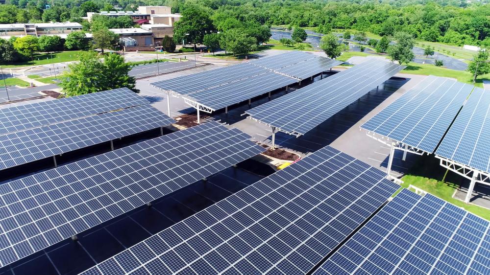 Comment fonctionne l'ombrière solaire et quelles sont ses avantages