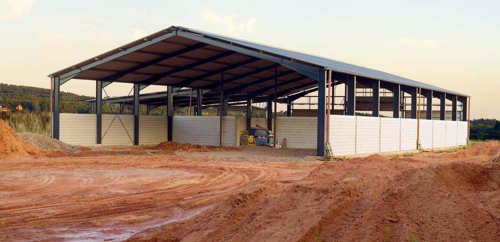 Tout savoir sur la construction d'un hangar agricole photovoltaïque
