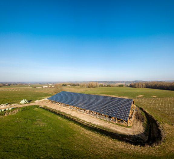 exploitation-conversion-rayonnement-solaire-milieu-agricole