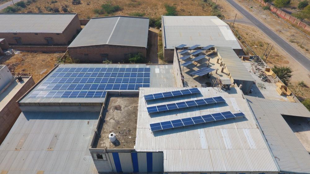 Comment obtenir un hangar photovoltaïque sans le financer