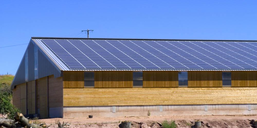 Faites réaliser votre projet de hangar photovoltaïque gratuitement