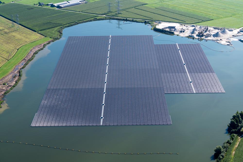 Que faut-il savoir sur les centrales solaires flottantes