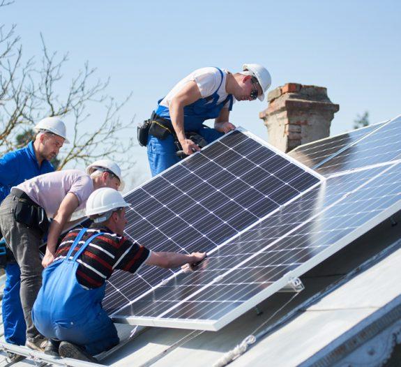 Rénovation et toiture photovoltaïque un projet plein de surprises