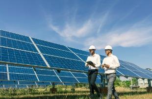 Installation de centrale solaire