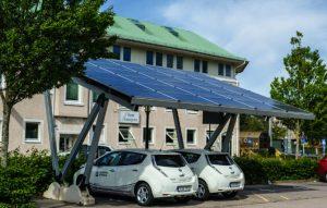installation de la structure et du panneau photovoltaïque
